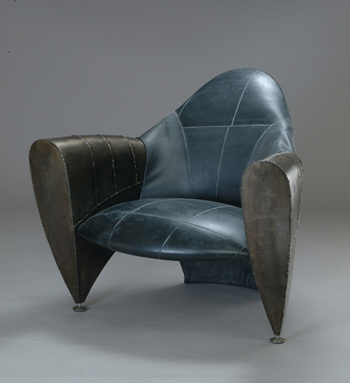 1400R24 Club Chair